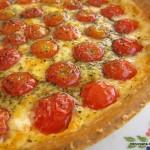Tarta de queso y tomate cherry