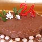 Tarta de almendras y chocolate crocante Daim