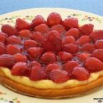 Tarta ligera de queso con fresas
