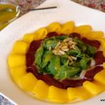 Ensalada de mango, magret de pato y rúcula